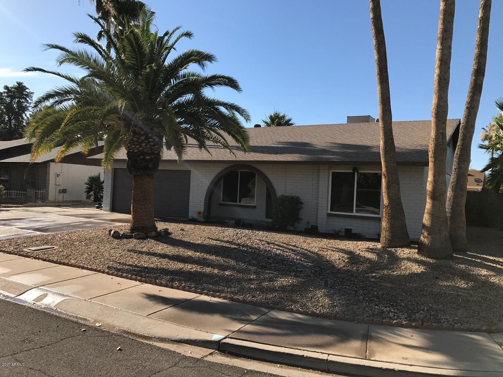 5320 W FREEWAY Lane, Glendale, AZ 85302