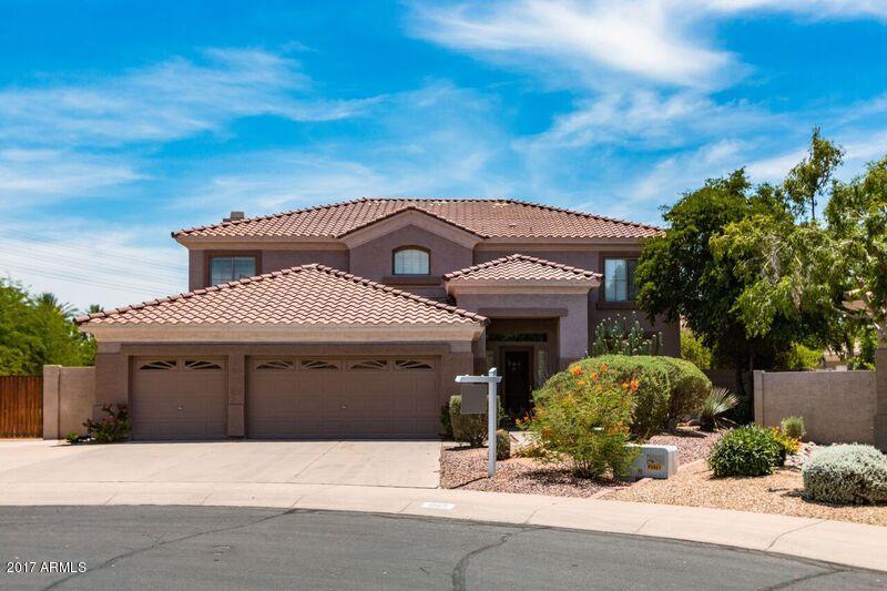 1565 E STIRRUP Court, Gilbert, AZ 85296