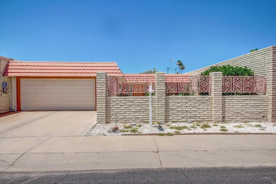 10708 W BAYSIDE Road, Sun City, AZ 85351