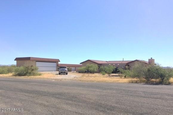 48404 N BLACK EAGLE Road, Aguila, AZ 85320