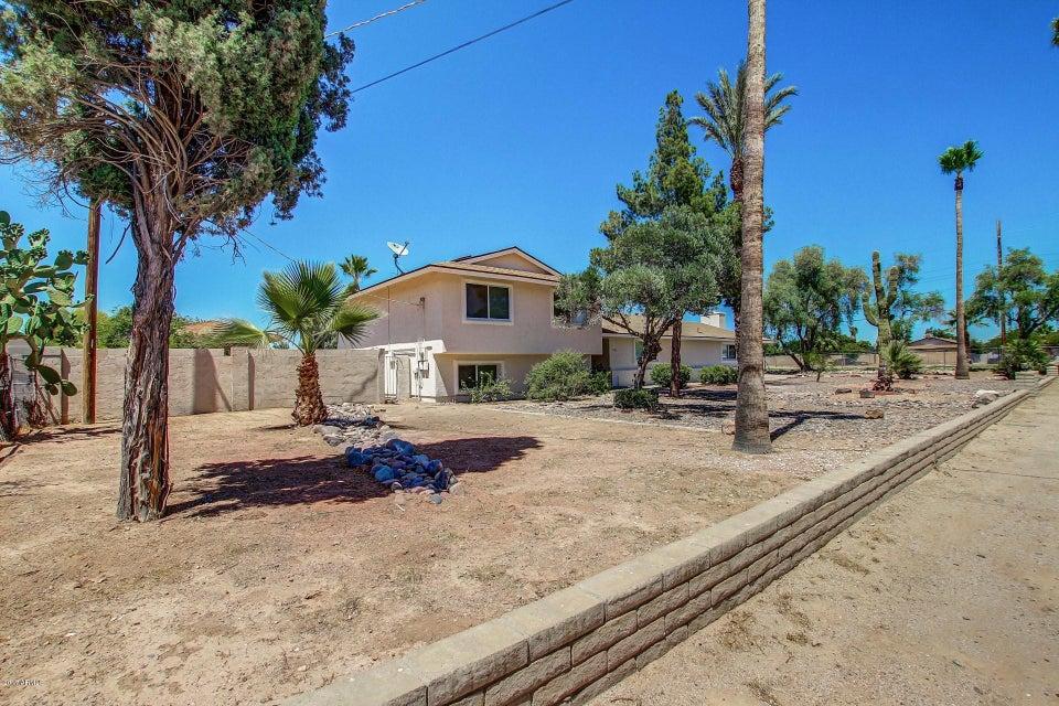 4302 W COUNTRY GABLES Drive, Glendale, AZ 85306