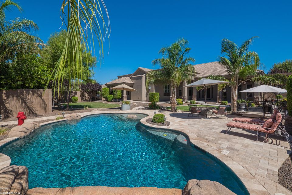 15305 E VIA DEL RANCHO --, Gilbert, AZ 85298