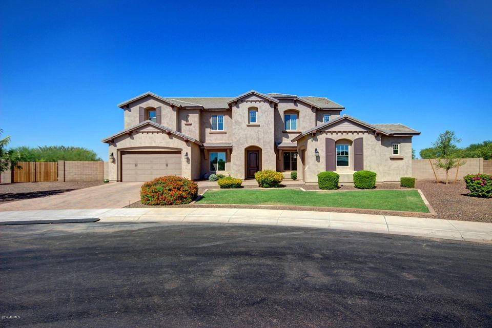 3160 E WILDHORSE Court, Gilbert, AZ 85297