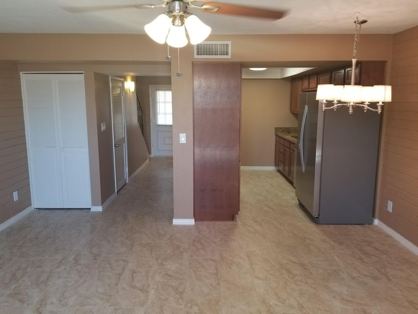 Photo 5 for Listing #5621242