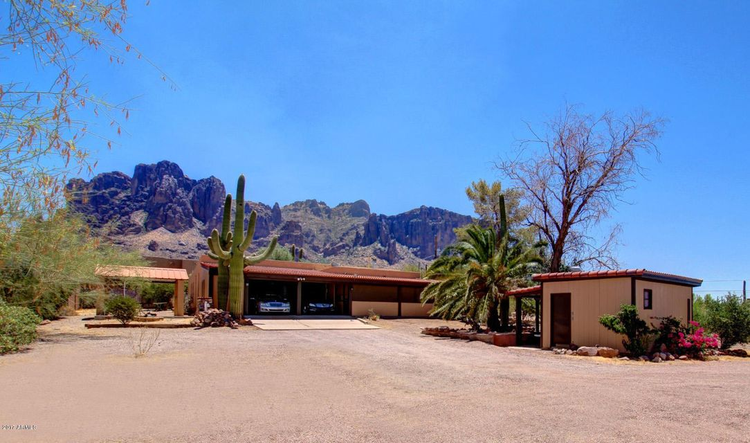 5820 E BELL Street, Apache Junction, AZ 85119
