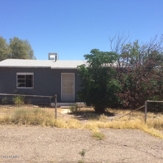 833 W SPRAY Street, Superior, AZ 85173