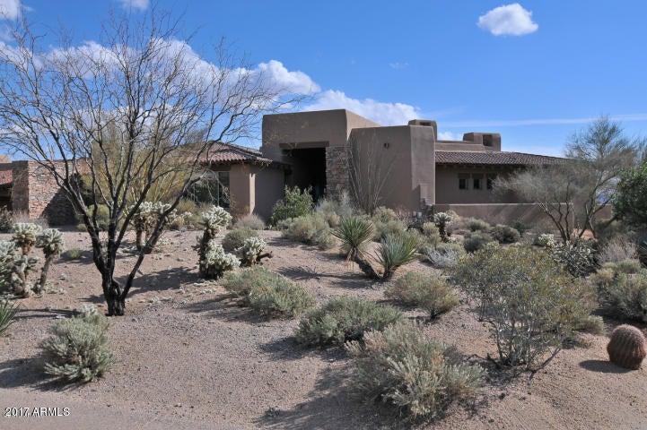 Photo of 9831 E BROKEN SPUR Drive, Scottsdale, AZ 85262