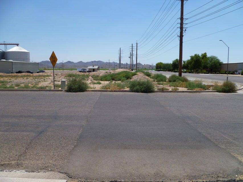 4239 S SARIVAL Avenue Lot 1, Goodyear, AZ 85338