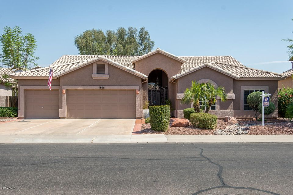 1866 W REDFIELD Road, Gilbert, AZ 85233