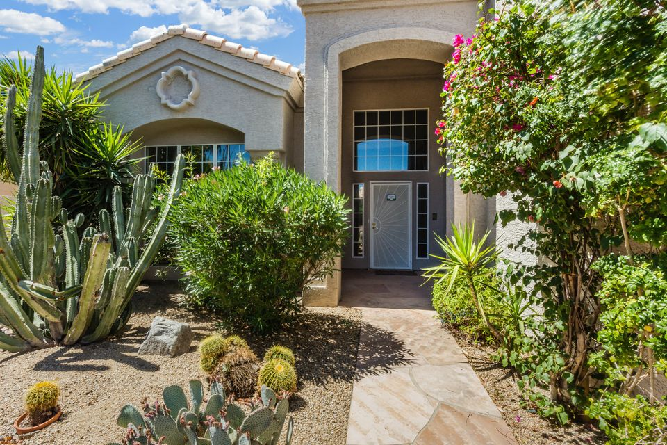 4019 E Desert Flower Lane