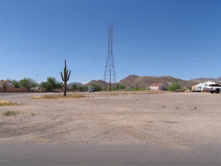 961X E ELMWOOD Street, Mesa, AZ 85201