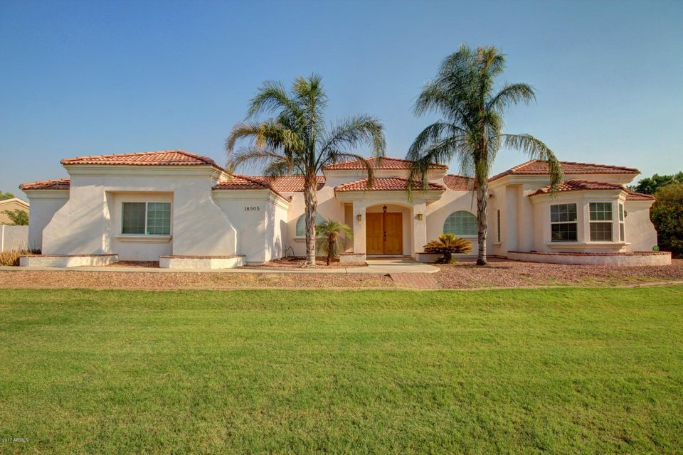 18905 W COLLEGE Drive, Litchfield Park, AZ 85340