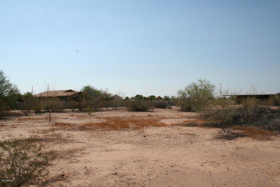 N Dustin Avenue, San Tan Valley, AZ 85140