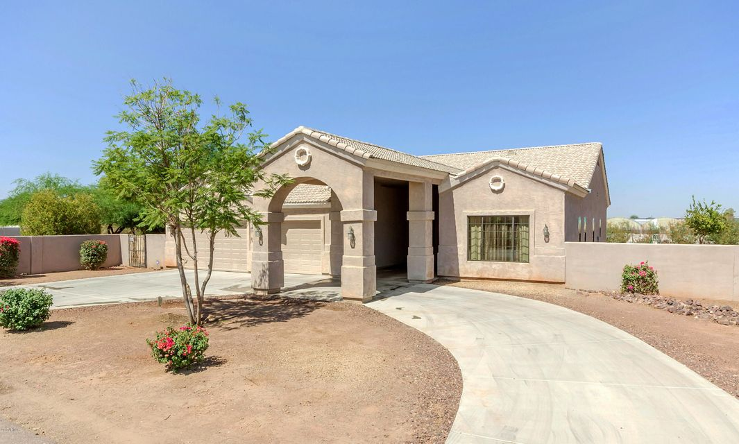 8908 S 32ND Lane, Laveen, AZ 85339