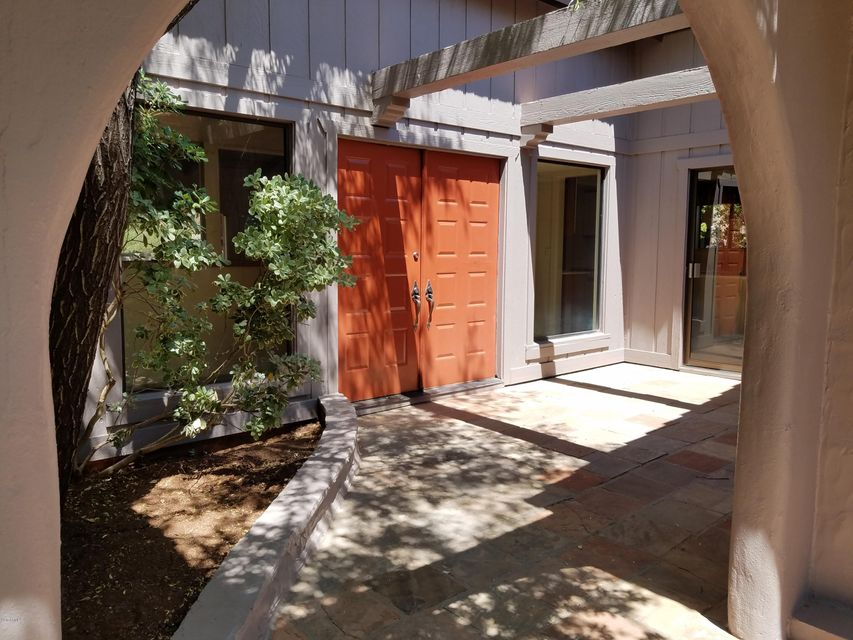 99 Cougar Drive, Sedona, AZ 86336
