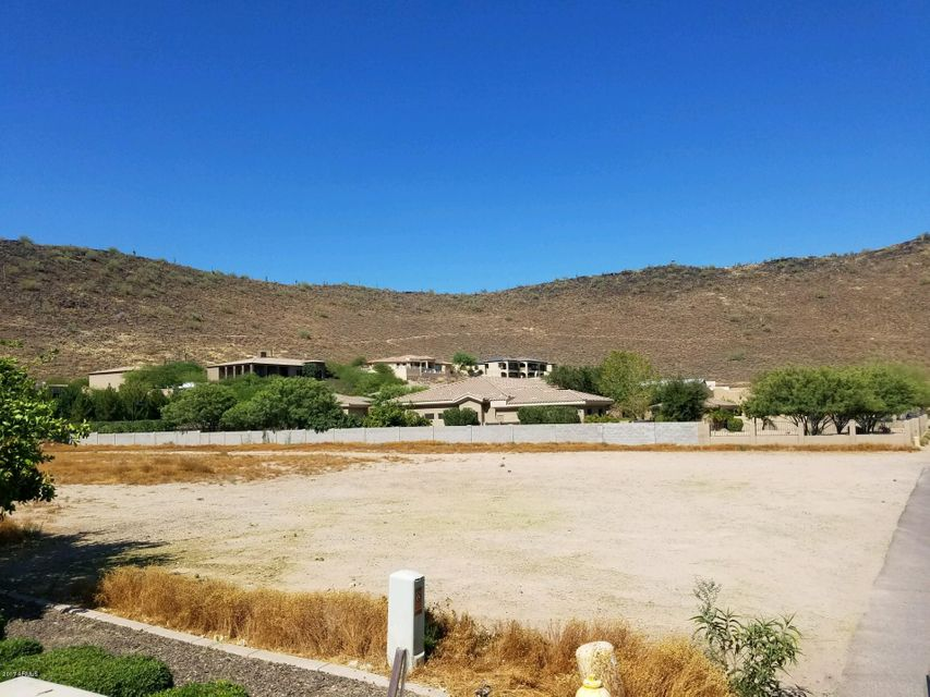 6248 W PARKSIDE Lane, Glendale, AZ 85310