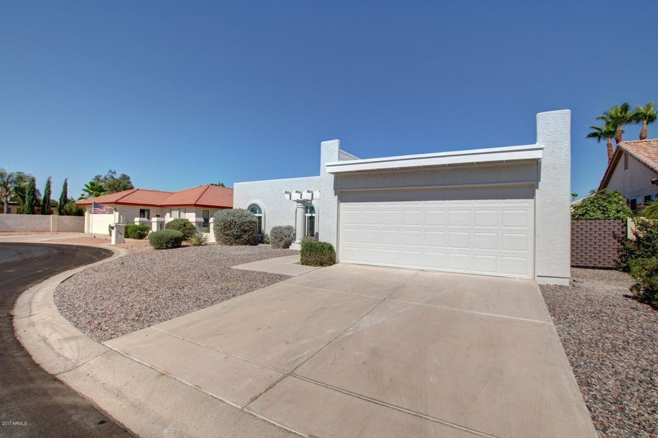 26037 S Burnaby Court, Sun Lakes, AZ 85248
