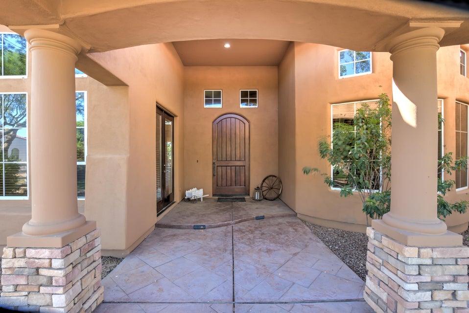 945 E ELGIN Street, Gilbert, AZ 85295
