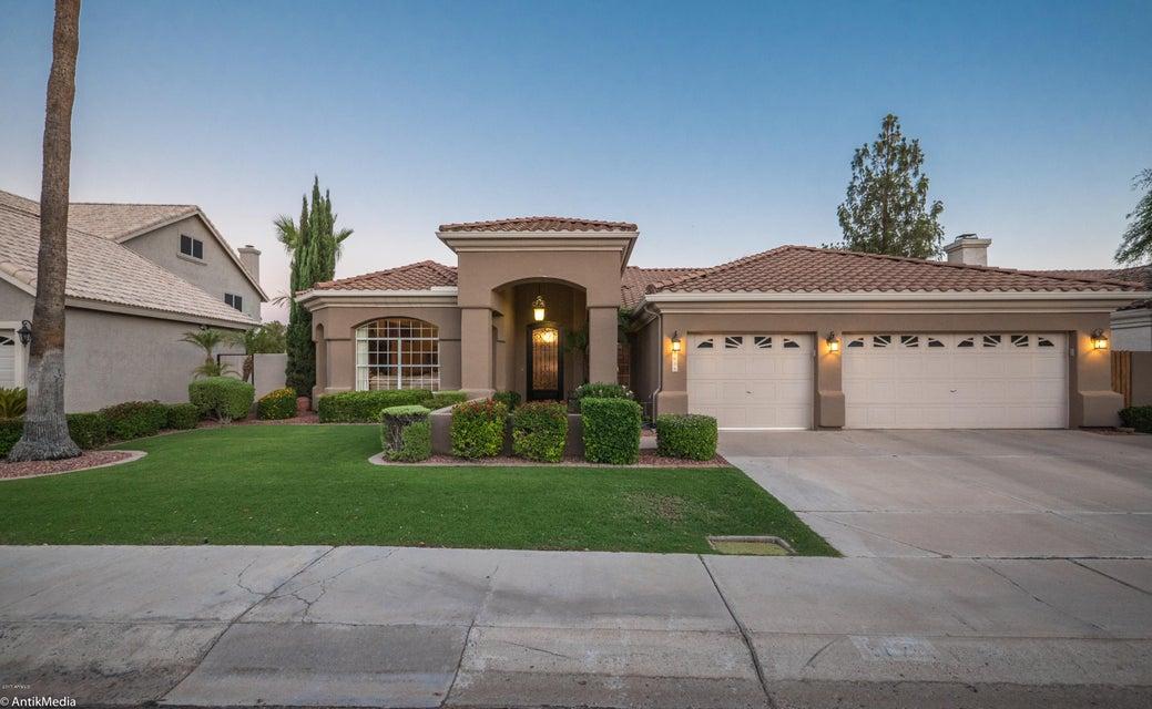 5875 W DEL LAGO Circle, Glendale, AZ 85308