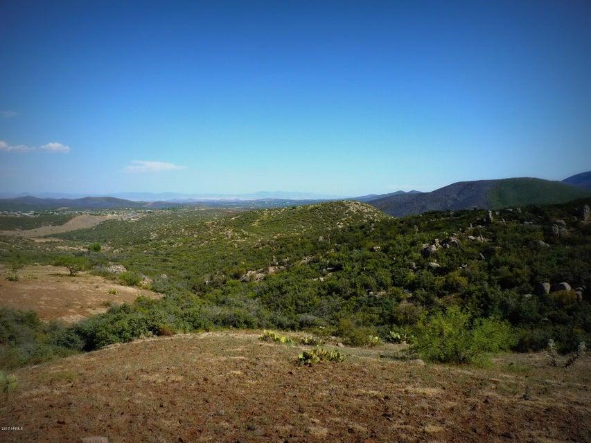E Maude Mule Trail, Dewey, AZ 86327