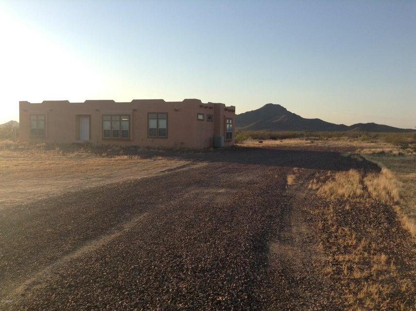 46109 W J-1 RANCH Road, Wickenburg, AZ 85390