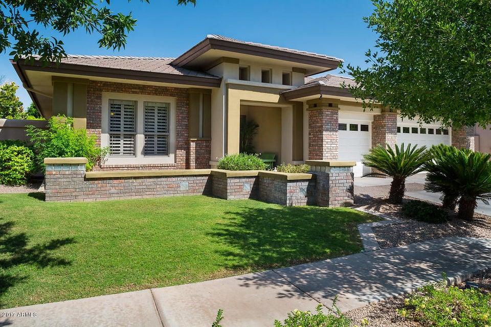 8062 S MICHELE Lane, Tempe, AZ 85284
