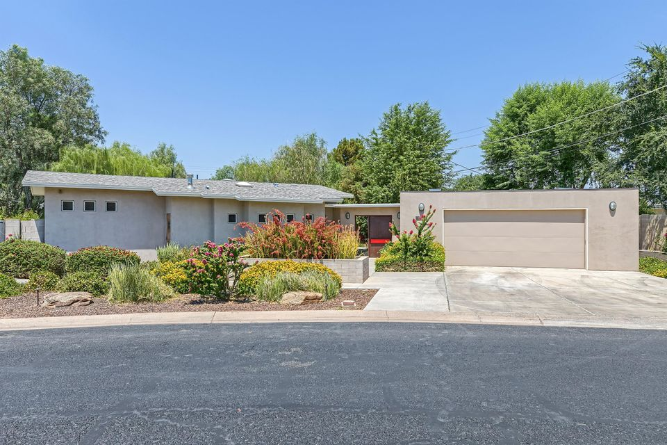 4528 N 40TH Place, Phoenix, AZ 85018