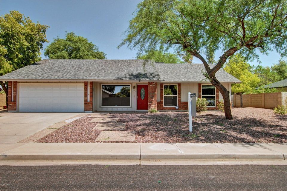 1546 W KNOWLES Avenue, Mesa, AZ 85202