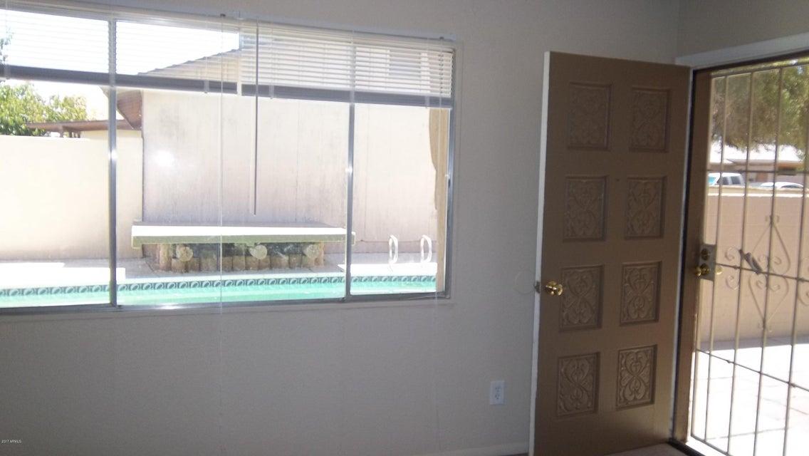 3422 W BANFF Lane, Phoenix, AZ 85053