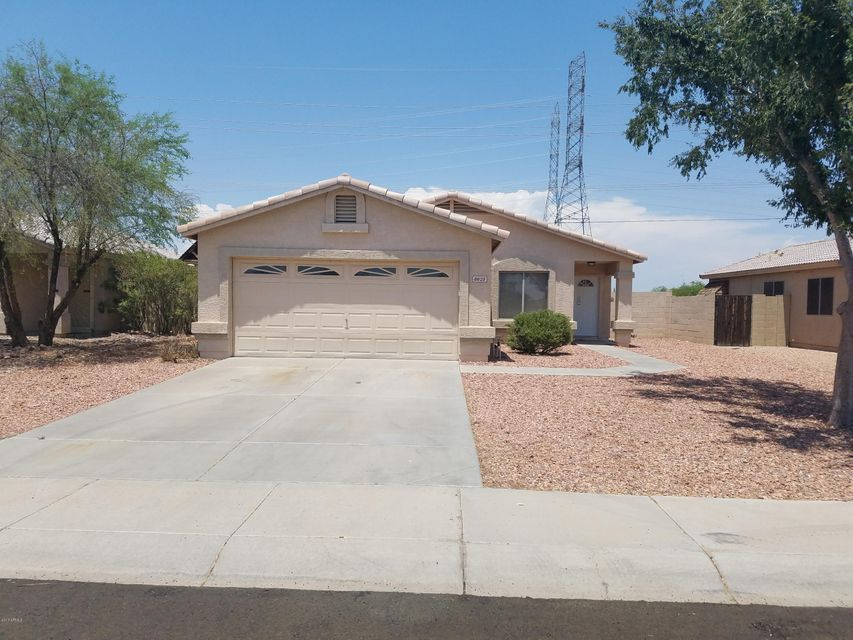 8828 W GRISWOLD Road, Peoria, AZ 85345