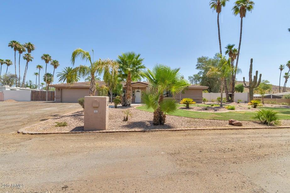 6720 W Isabell Lane, Glendale, AZ 85310