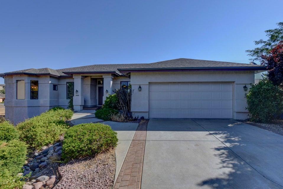1943 CHERRYWOOD Circle, Prescott, AZ 86301