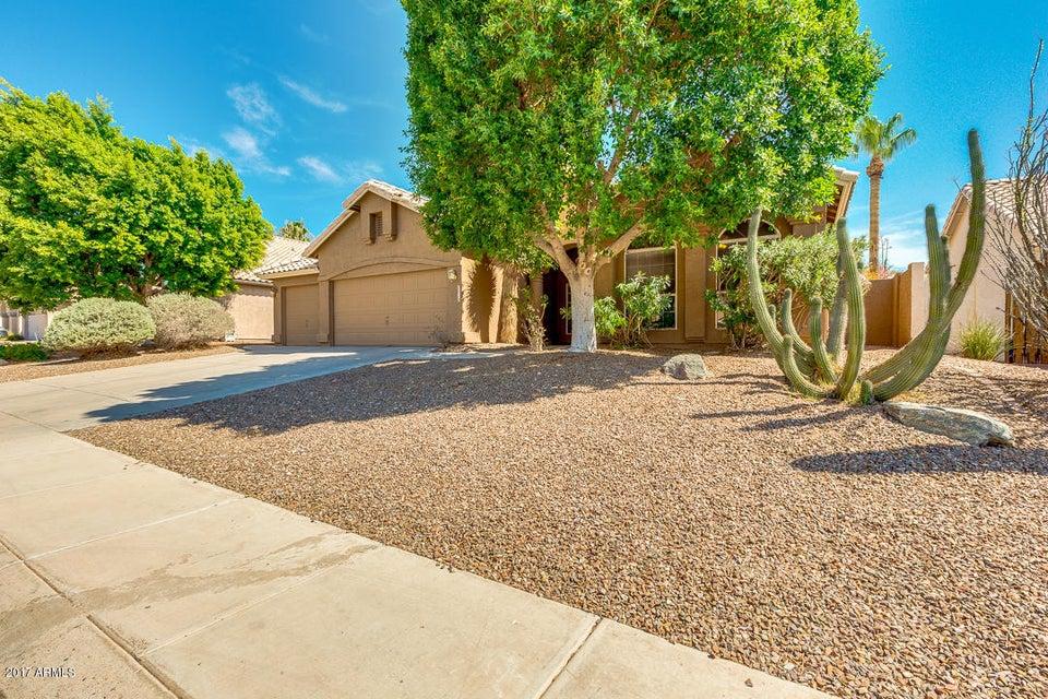 2718 E WINDMERE Drive, Phoenix, AZ 85048