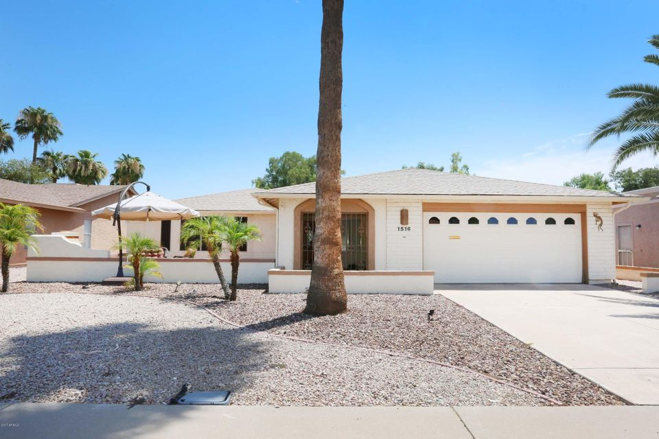 1516 LEISURE WORLD --, Mesa, AZ 85206