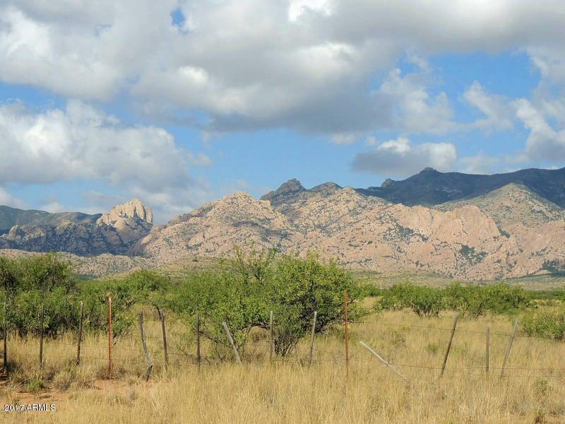 400 AC S on Slope Along Road 1 --, Cochise, AZ 85606