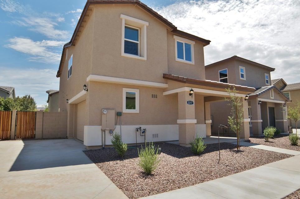 2217 E PECAN Road, Phoenix, AZ 85040