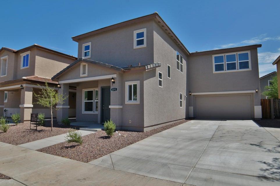 2213 E PECAN Road, Phoenix, AZ 85040