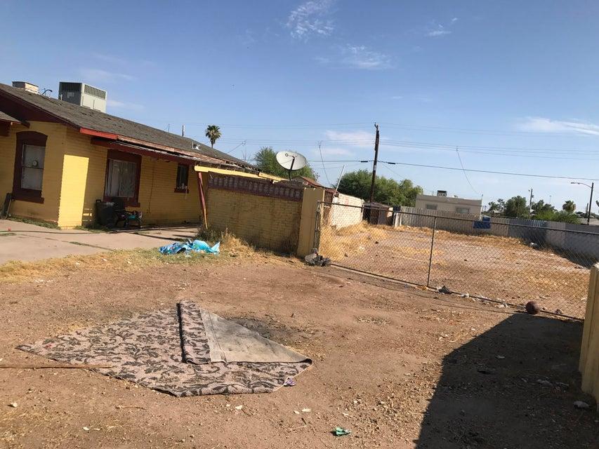 2742 W PIERCE Street, Phoenix, AZ 85009