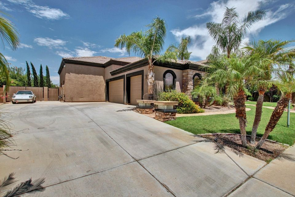2740 E LYNX Place, Chandler, AZ 85249