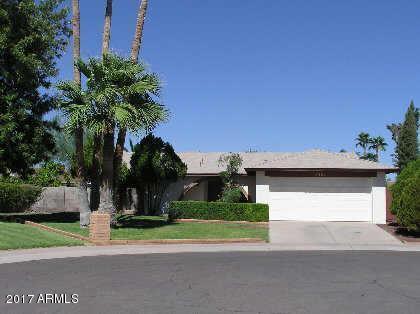 2324 W EL ALBA Way, Chandler, AZ 85224