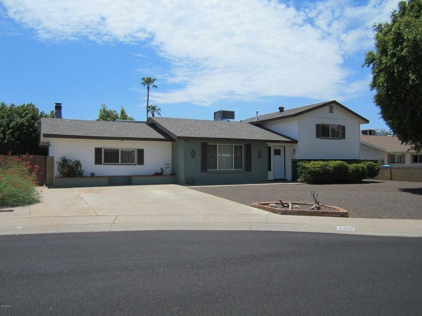 3207 W GELDING Drive, Phoenix, AZ 85053