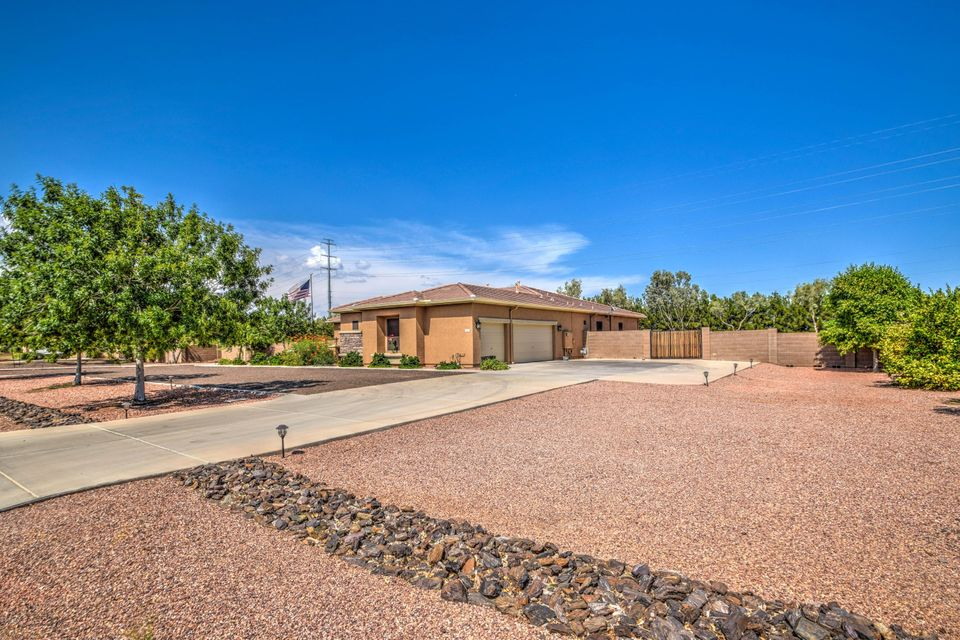 3625 N 188TH Avenue, Litchfield Park, AZ 85340