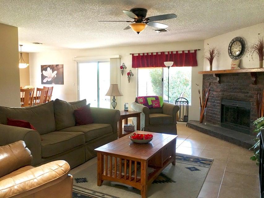1208 N KENNETH Place, Chandler, AZ 85226