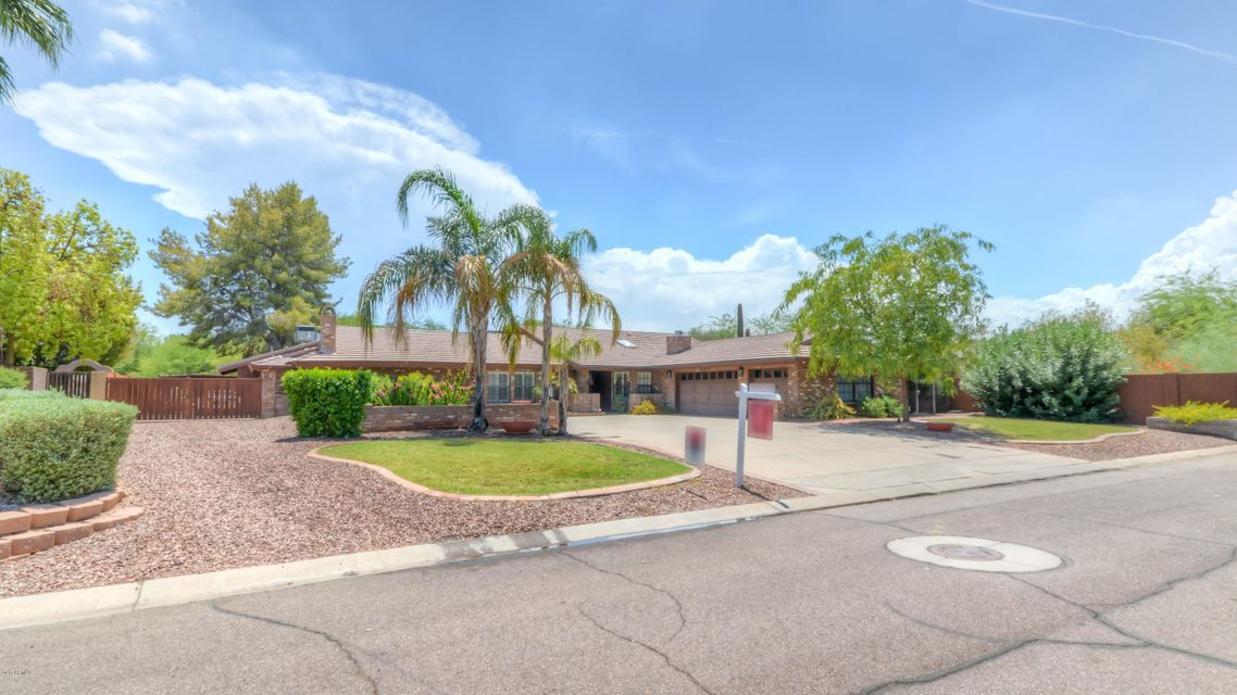 7821 W BLUEFIELD Avenue, Glendale, AZ 85308