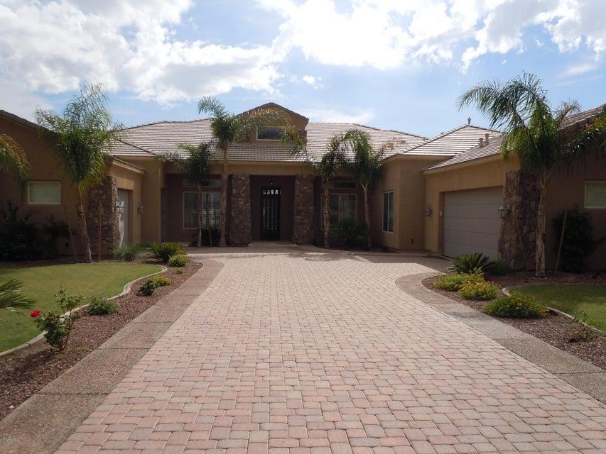18211 W SOLANO Court, Litchfield Park, AZ 85340