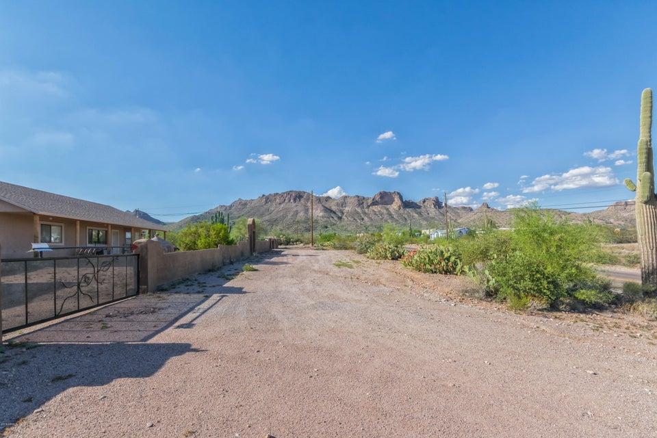 4664 N IRONWOOD Drive, Apache Junction, AZ 85120