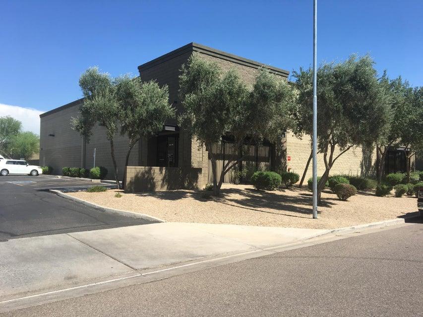 175 S Hamilton Place 105, Gilbert, AZ 85233