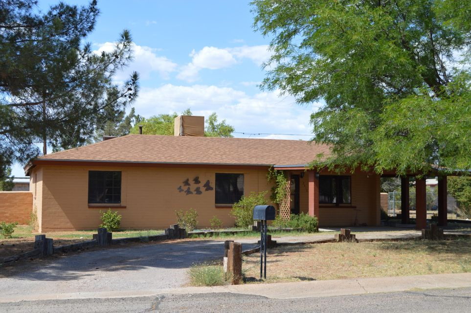 2416 E 12th Street, Douglas, AZ 85607