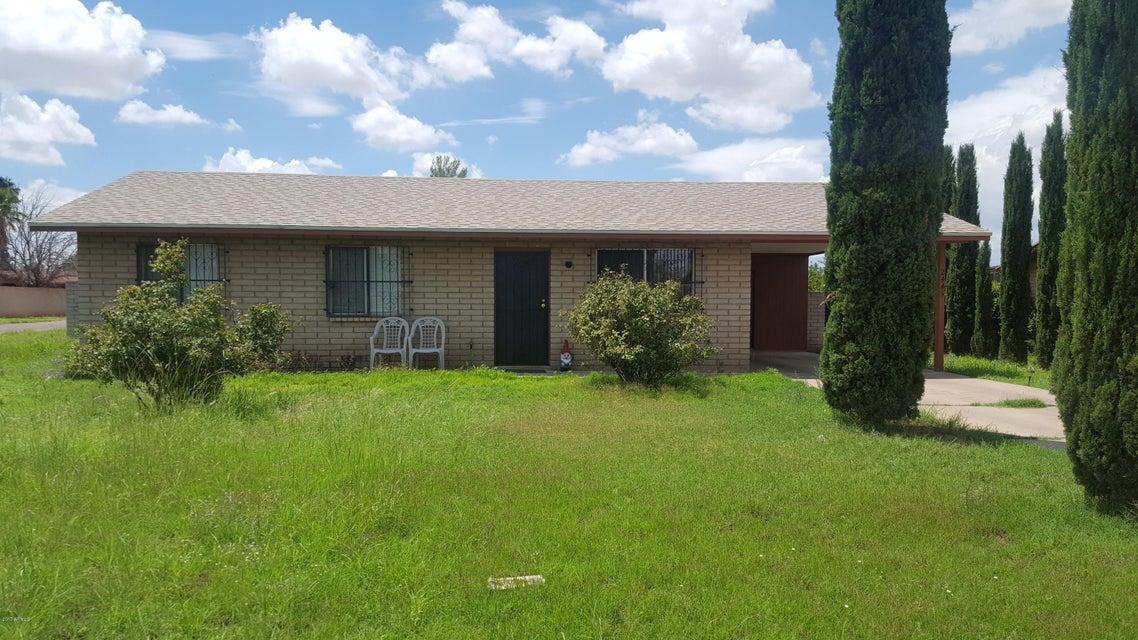 2445 E 14TH Street, Douglas, AZ 85607