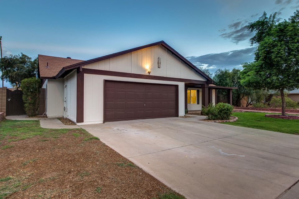4613 W BROWN Street, Glendale, AZ 85302